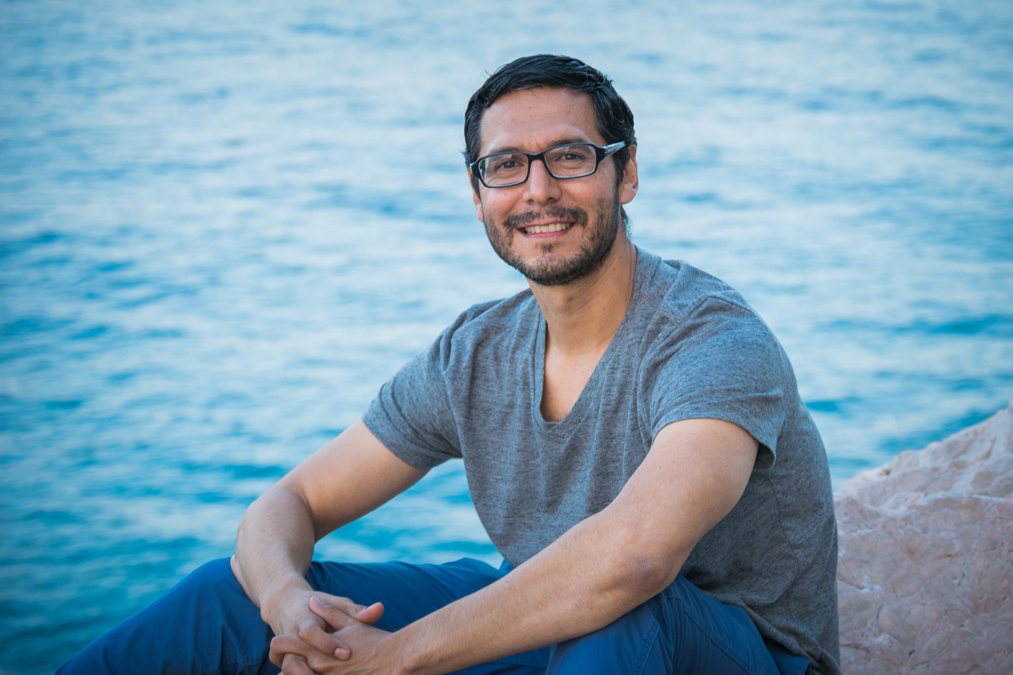 Guillermo Flores - Fotógrafo Profesional